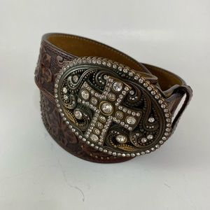 Justin | Western Cross Buckle Tooled Leather Belt